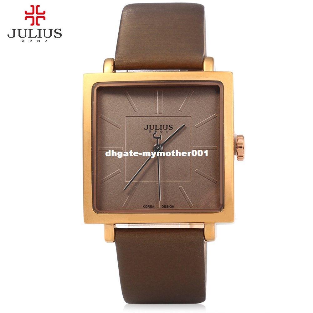 74f9e6a6365 Compre JULIUS Quartz Marca Lady Relógios Mulheres De Luxo Rose Gold Antique  Praça Casual Vestido De Couro Relógio De Pulso Relogio Feminino Montre De  ...