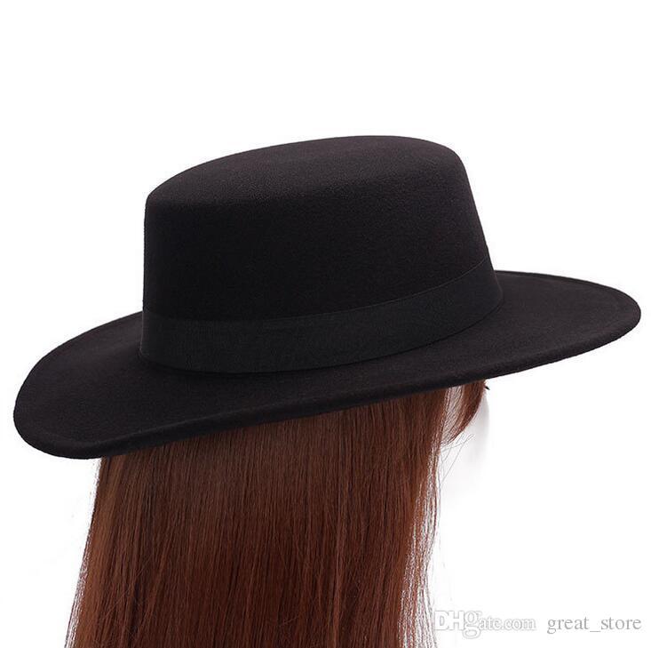 High quality Straight Top Flat Top Hat Homens Mulheres Fall Inverno Chapéu de feltro Imitação de lã Retro Gentleman Hat boné de cerimônia M015 com caixa