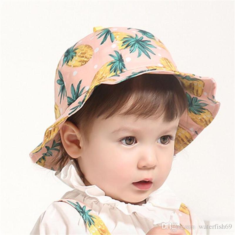 Compre Dulce Bebé Sombrero Para El Sol Recién Nacido Bebés Tapa Del Cubo De  Algodón Lindo Al Aire Libre Lunares Sombrero De La Playa Sombreros Sombrero  De ... 1f076df9a582