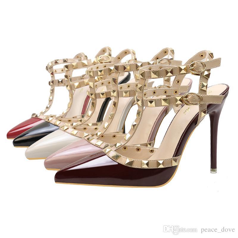 Fetiche vermelho de salto alto mulheres designer sapatos de couro de patente das senhoras sapatos de casamento rebites gladiador sandálias sexy bombas valentine sapatos preto