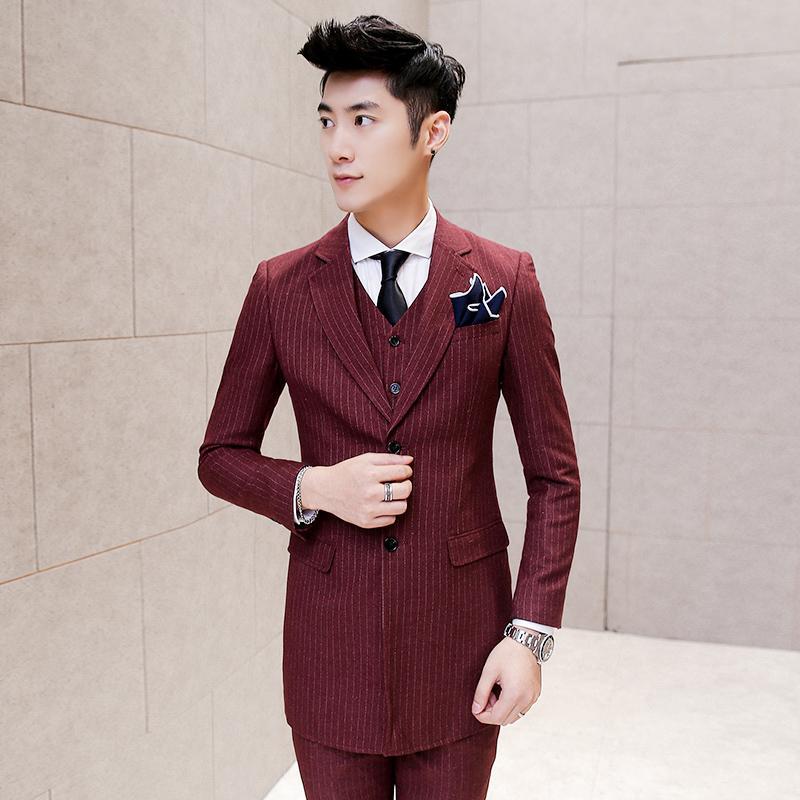 Compre Atacado 3 Peça Men Suit Slim Fit Terno De Casamento Estilo Coreano  Smoking Homens Blazer Jaqueta + Colete + Calça Traje Homme Marca De  Vestuário D009 ... fa2ca1d622f