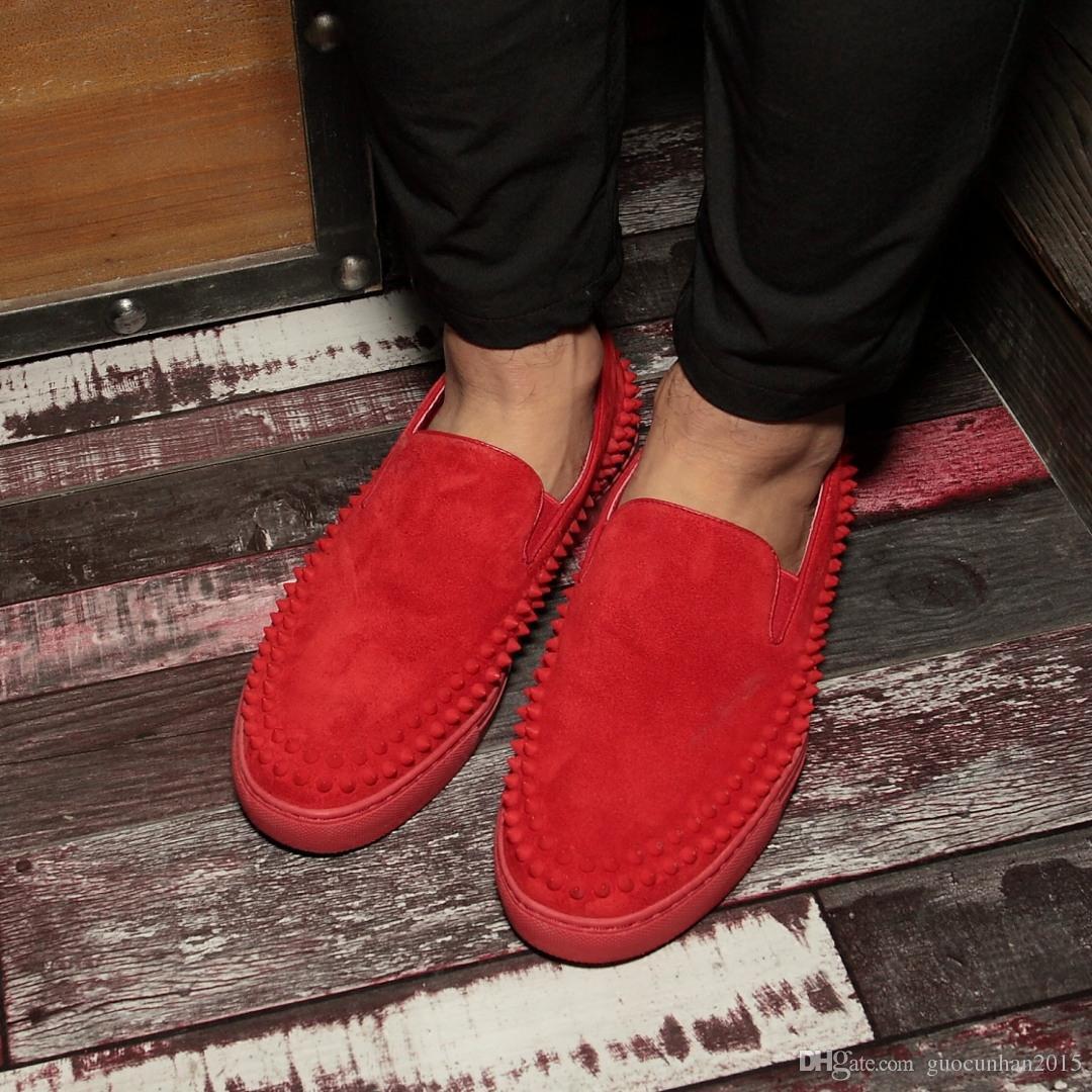 Красный черный мужчины мокасины Спайк заклепки дышащий квартиры натуральная кожа лето весна квартиры скольжения на вождение лодки Hombre Sapatos