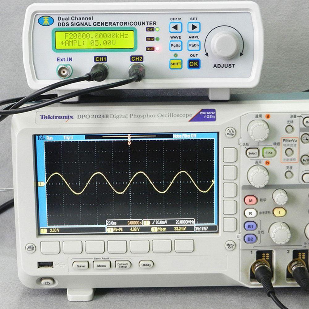 Freeshipping Digital DDS Signal Generator Funktion Signalquelle Meter Zweikanal-Arbitrary Waveform Frequenzgenerator200MSa / s 25MHz