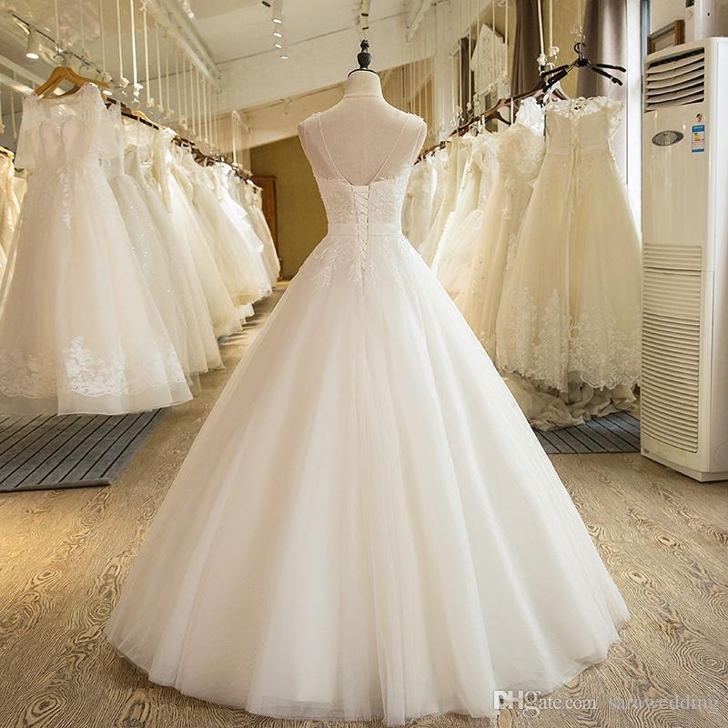 Scoop Neck Tulle Ball Gown Abito da sposa con appliques 2017 Abiti da sposa lunghezza del pavimento Lace Up Vestito della sposa Trouwjurk