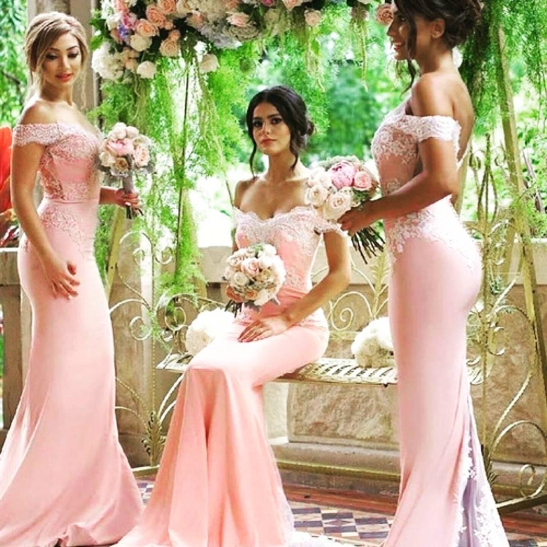 Robes de demoiselle d'honneur bon marché roseOff épaule dentelle Appliques sirène demoiselle d'honneur robe retour bouton bouton train robes de mariage