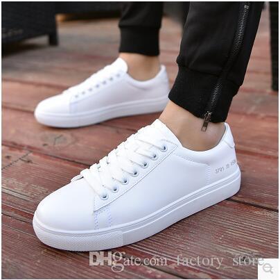 21dcce5e1 Compre 2019 Primavera Mais Novo Branco Sapatos Masculinos Meninos Branco  Placa Branca Sapatos Coreanos Sapatos Casuais Tendência Primavera Estudante  ...