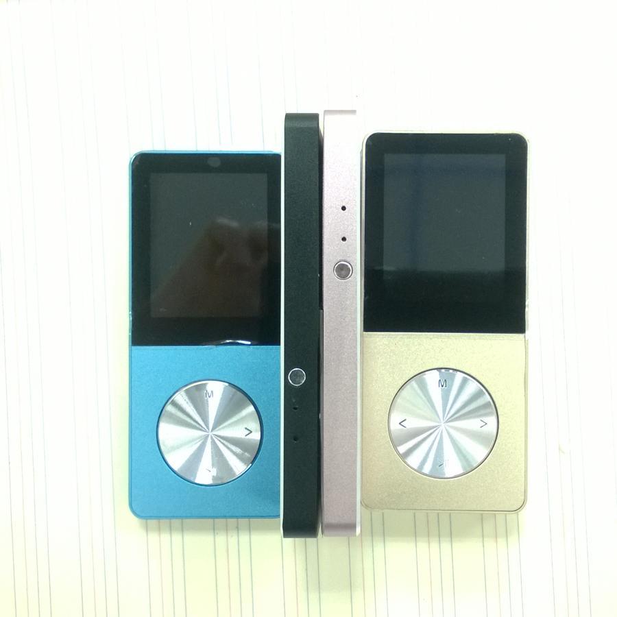 مشغل MP3 MP4 المعدني المدمج في شاشة 8 إنش 1.8 إنش ، شاشة تعمل لمدة 15 ساعة ، تدعم بطاقة SD 32 جيجابايت مع راديو FM 1 قطعة