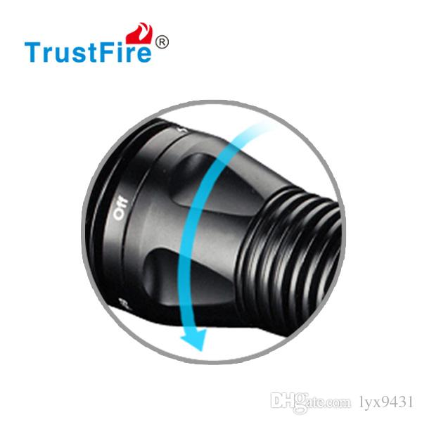 Professional Scuba Diving LED Flashlight Aluminum Alloy 18650 Rechargeable Torch 1000 LM Tail Switch Long Range Super Bright Gift Box Hot