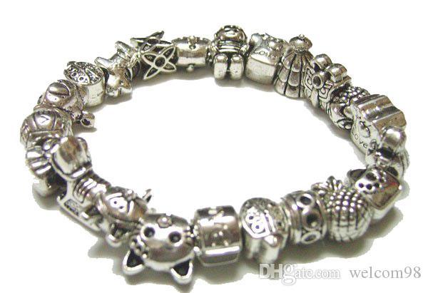 50 stks / partij Mix Stijl Tibet Zilveren Charms Metalen Losse Kralen Voor DIY Craft Mode-sieraden Gift C18