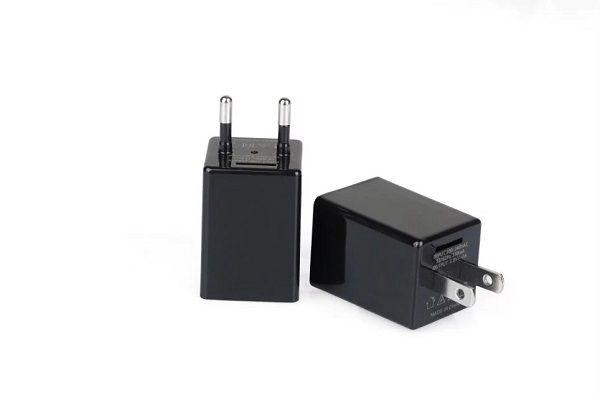 1080p HD Cámara de enchufe USB Z99 Z99 US / UE Cargador inalámbrico WiFi P2P Cámara IP adaptador CA Cámara de vigilancia WiFi con caja de venta al por menor