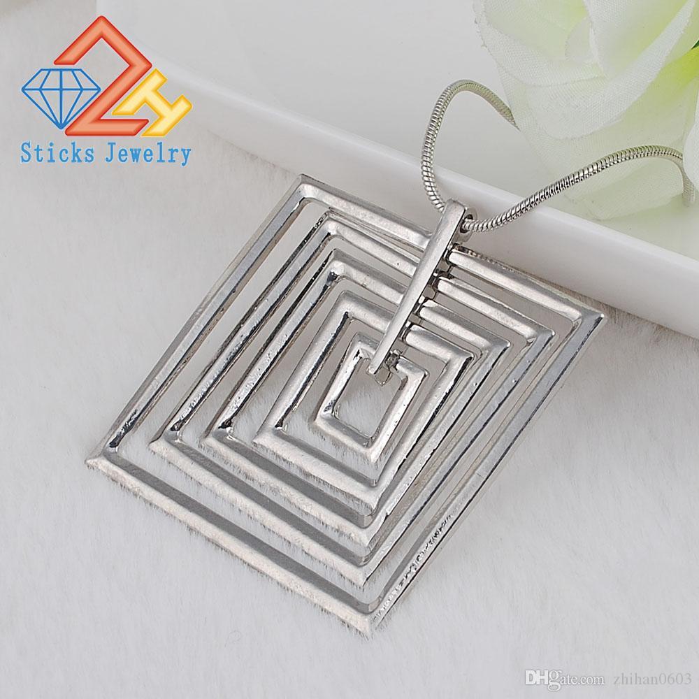 Vente chaude mode géométrique pendentif carré chaîne de la clavicule livraison gratuite