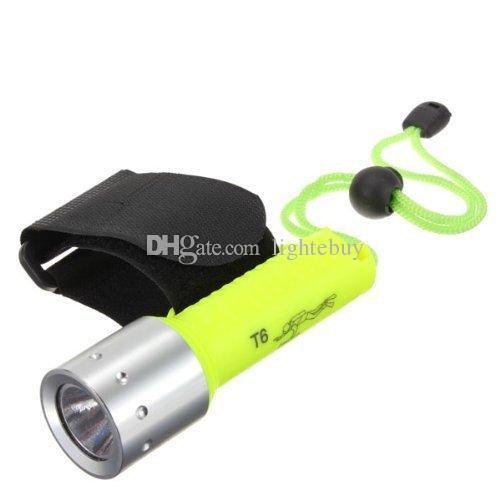 Großhandel XML T6 LED Tauchen Taschenlampen wasserdichte LED Lampe Tauchlampe Taschenlampe mit 18650 Ladegerät Geschenkbox