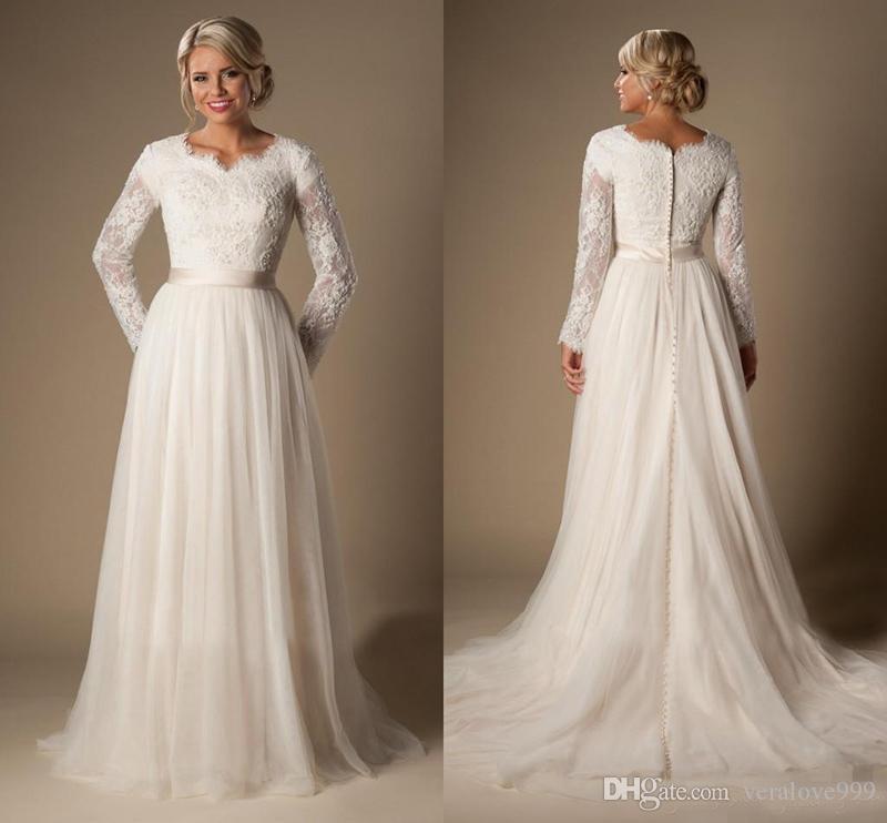 Robes de mariée modestes Manches longues Temple Col en V arabe Robes de mariée Une ligne Robes de mariée de printemps Bouton Retour