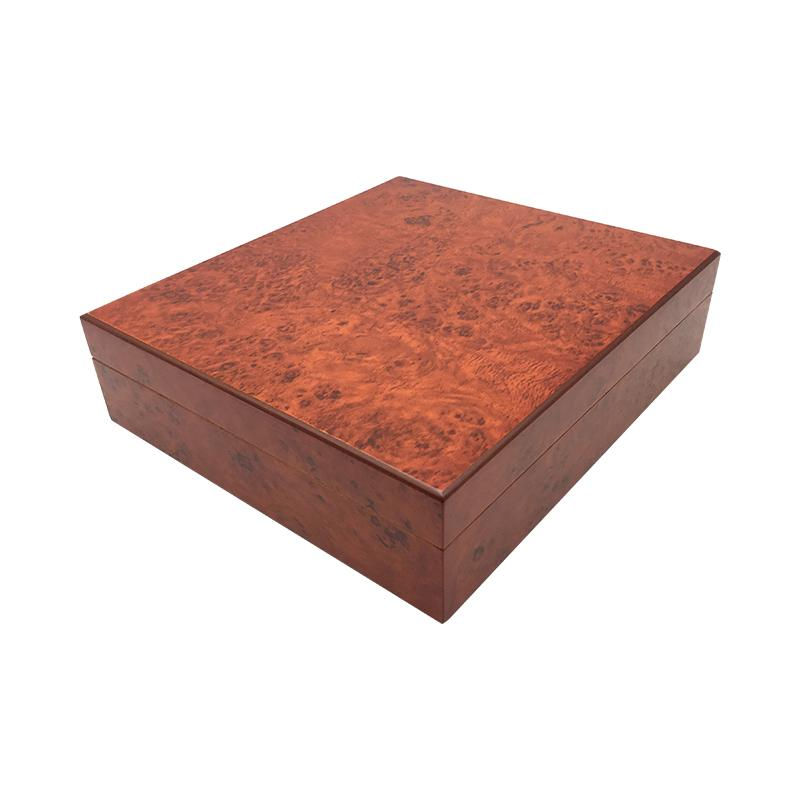 Newest Square Cigar Humidor Cedar wood Lined Cigarette Humidor home decoration for smokers with compass Humidifier