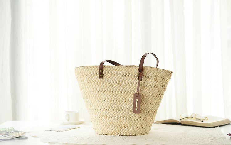 New arrival Summer Beach Women Handbags Lady Straw Shoulder Bags Brand Design Beige Shooping Bag Vintage Tassel Handmade Woven Bolsa Tote