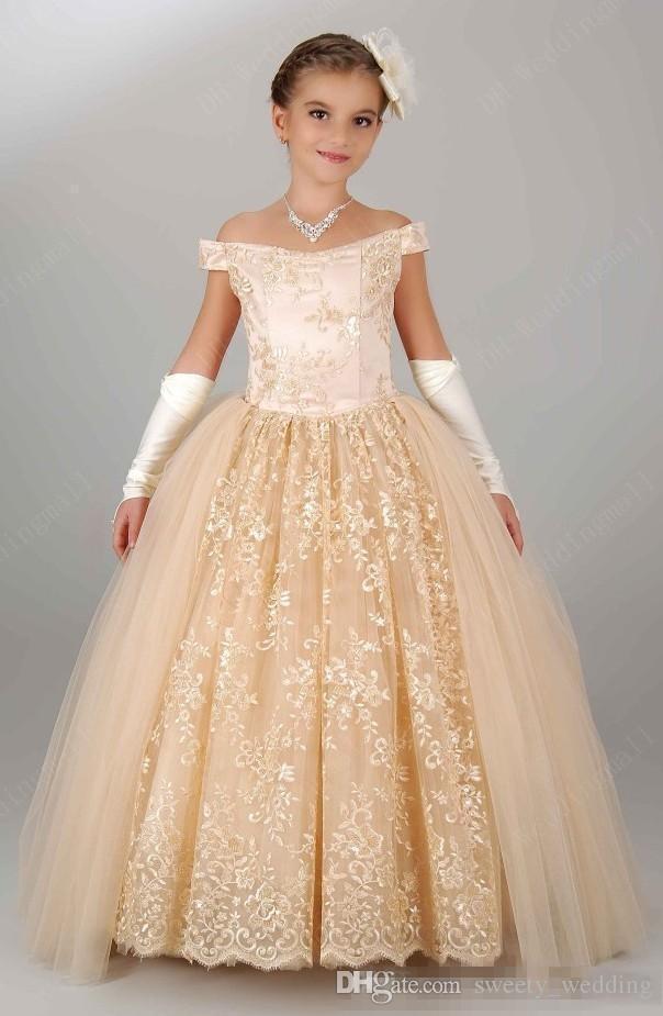 2019 nuevos vestidos vintage para niñas de flores para la boda fuera del hombro de encaje Champagne Princesa Fiesta Niños para el cumpleaños de niña barato Vestidos de desfile