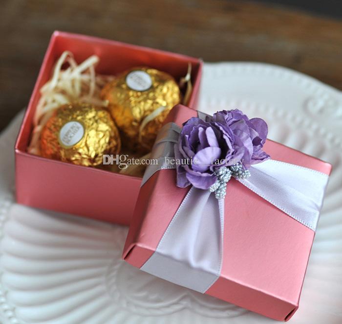 rosa quadratische Pralinenschachtel mit purpurroter Rosen-Blumen-Dekorations-Hochzeits-Bevorzugungs-Partei-Geschenk-Schmuckkästchen