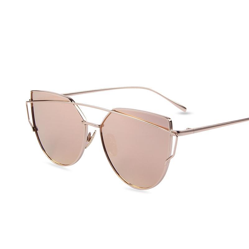 Compre Atacado Hot Venda Espelho Lense Lense Mulheres Cat Eye Sunglasses  Designer De Marca Clássico Twin Beams Rose Gold Frame Óculos De Sol Para As  ... 0e75b895bd