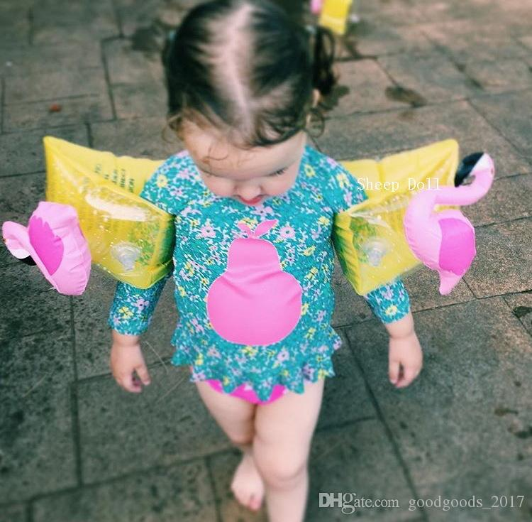 Kids Inflatable arm band cartoon swimming armlet flamingo Crab Baby swim rings safty assistive tools M818
