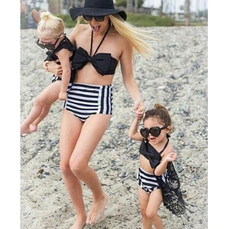 8a0e97cfa Compre 2017 Partido De Verano Traje De Baño De La Familia Madre E Hija  Bikini Floral Conjunto Niños Pequeños Natación Traje De Baño De Cintura Alta  Natación ...
