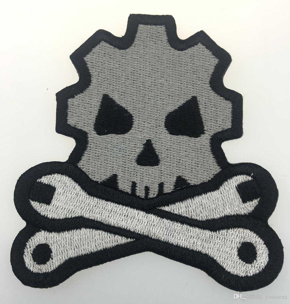 Cheap Skull Bone Tool Embroidered Iron On Patch Jacket Emblem 100% Embroidery Applique Badge 8.7cm*8cm G0042