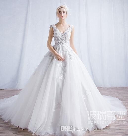 Modest Vintage Lace 2017 Elegant Wedding Dresses Long Train V Neck ...