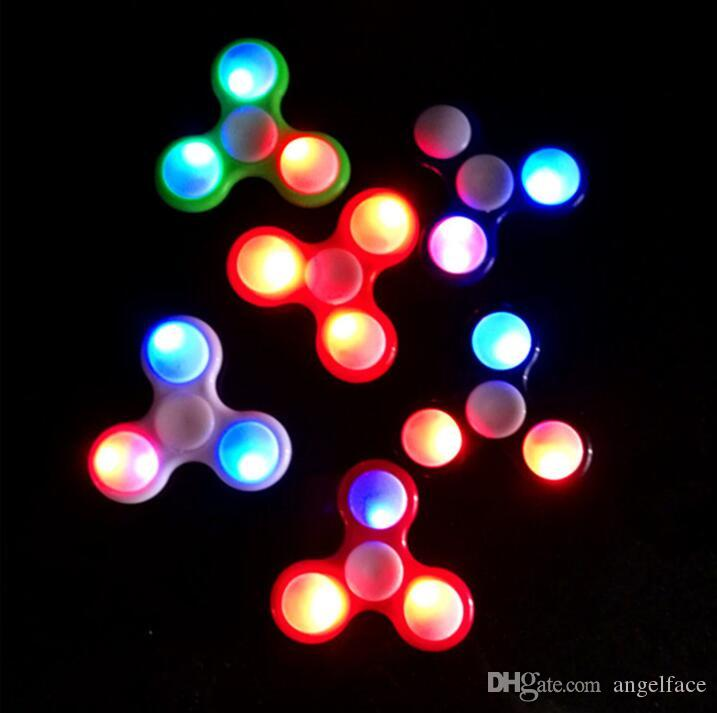 Retail LED Flash Light With Push Switch Luminous Hand Spinners Fidget Spinner EDC Triangle Finger Spinning Decompression Fingers Anxiety Toy