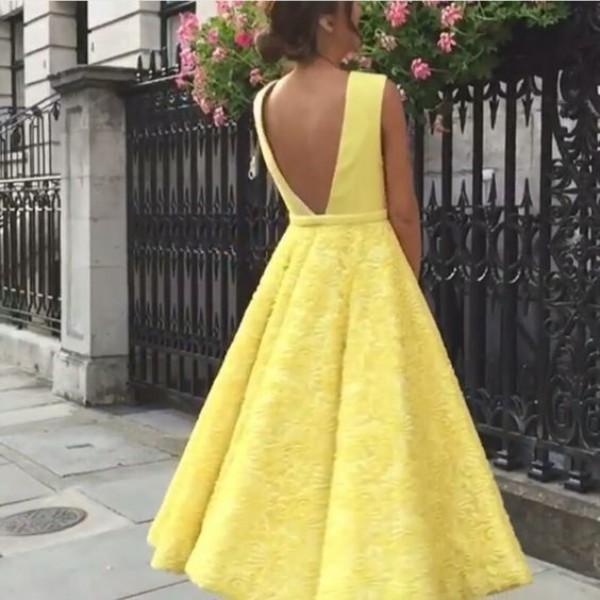 파티 드레스 A 라인 민소매 레이스 티 lengt 기반으로 주사기 Z- 추적 injection.Size 등이없는 형식적인 가운 급락 멋진 웨딩 게스트 드레스 옅은 노랑 섹시한