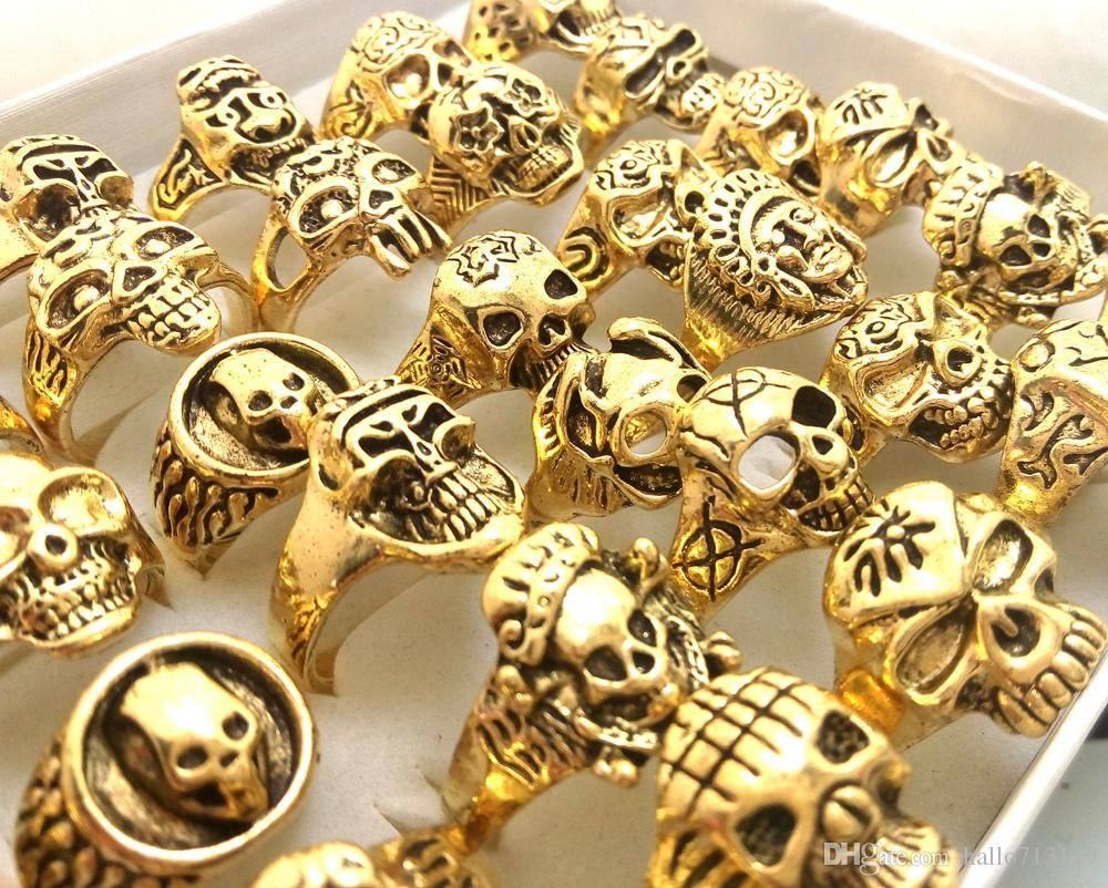 Wholesale Gold Mix Men Gift Mens Punk Style Jewelry Skull Ring Skeleton Pattern Man Gothic Biker Rings Party Gift Wholesale
