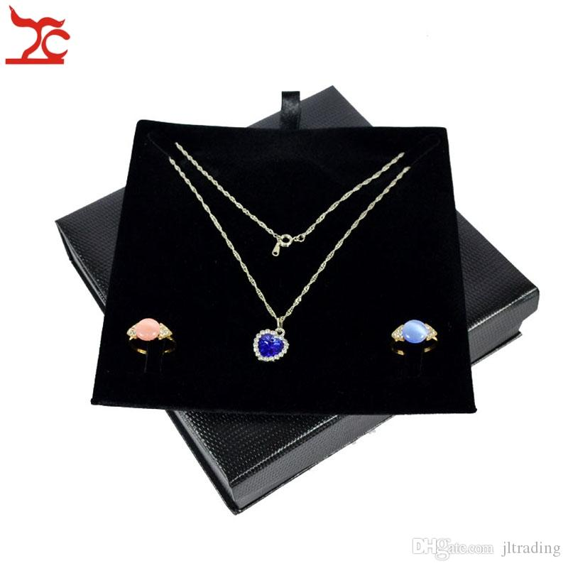 Retail High End Jewelry Storage Case Portable Magnetic Lid Black Embossed Double Ring Pendant Necklace Jewelry Set Organizer Gift Box