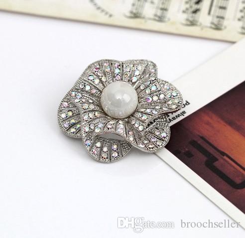 1.8 Polegada de Strass Cristal Diamante Floral Broche de Festa de Casamento Corsages 3 cores Disponíveis Estilo Vintage