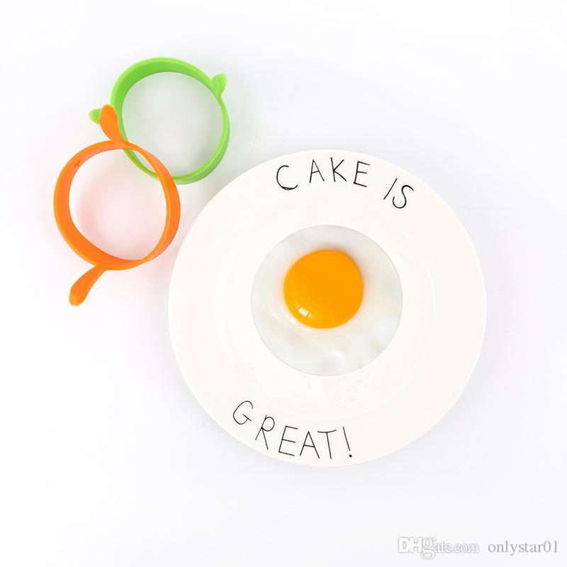 Food Grade Silicone Egg Mold Fry Frier Oven Poacher Egg Poacher Pancake,Round Shape Silicone Egg Ring Mould