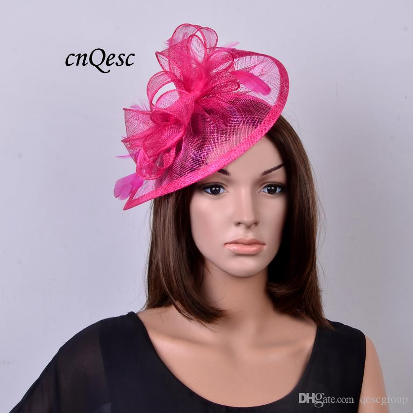 Hot Pink / Fuchsia Sinamay Fascynator Kapelusz z piórami na ślub, impreza, Kentucky Derby, Melbourne Cup, Races.