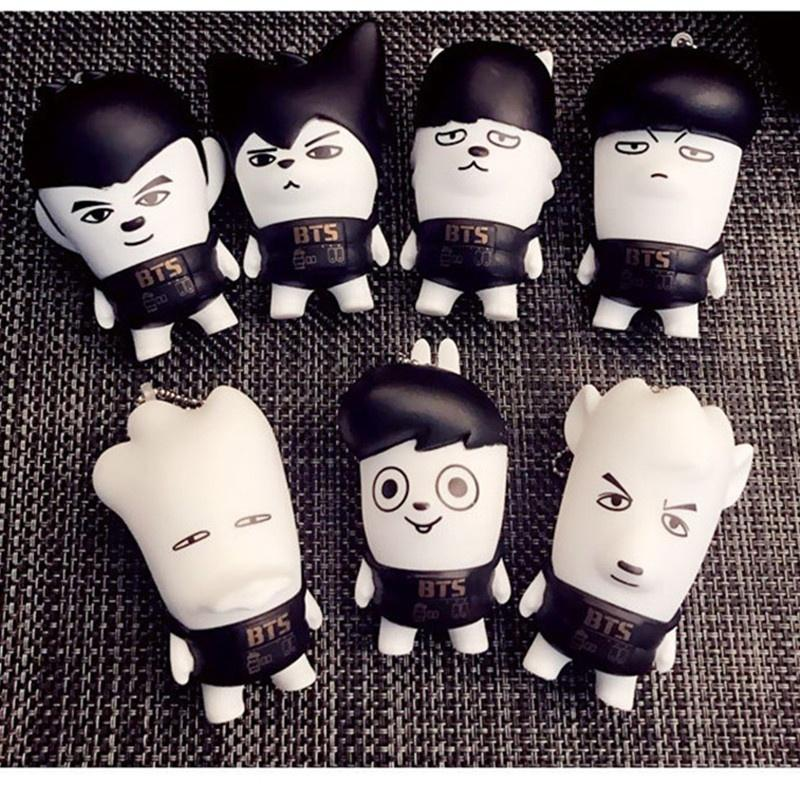 BTS Kawaii portachiavi JIN J-HOPE JUNGKOOK RAPMONSTER Action Figures Toy Dolls Corea del Sud carino Puppets Pendant