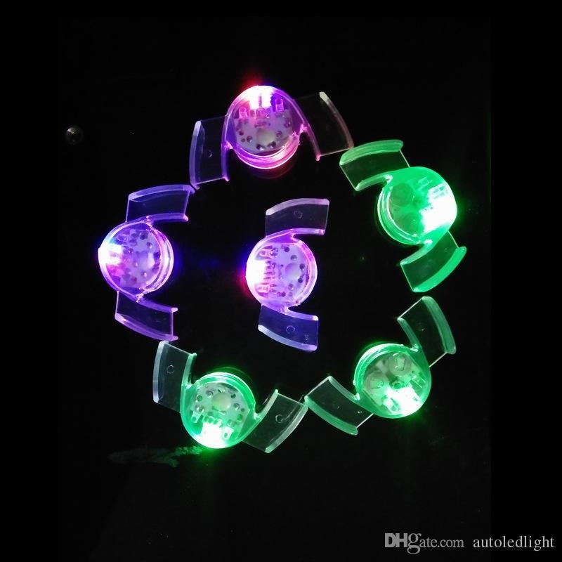LED blinkt Mundstück Flashing Flash-Brace-Mund-Schutz Stück Festliche Party Supplies Glow Zahn Lustige LED Light Spielzeug