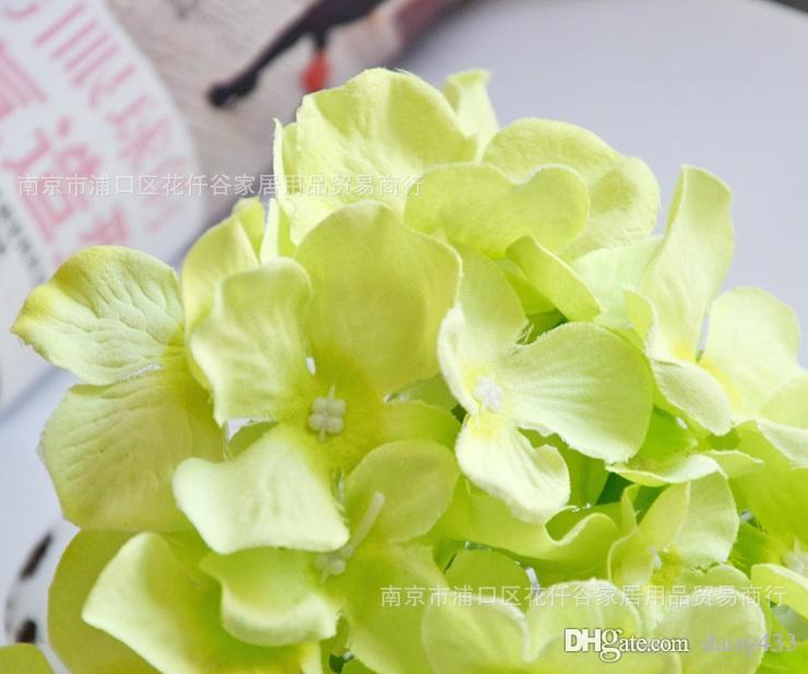Wedding curd high quality Gian tsilk simulation artificial flower 30heads lovely chrysanthemum daisy bush bouquet 15cm wedding & home decor.