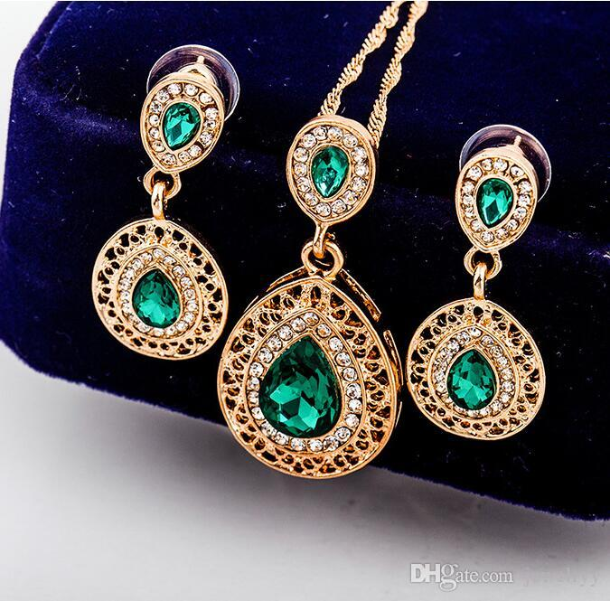 Gold Plated Crystal Waterdrop Earring and Necklace Jewelry Set Crystal Rhinestone Pendant Necklaces Earring for Bridal Wedding Party Jewelry