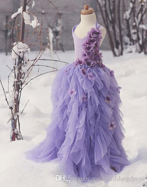 Lavenda Flower Girls Dresses V-Neck Back Cross Criss Little Girls Klänningar Med Handgjorda Blommor Tiered Ruffle Custom Made Princess Grows