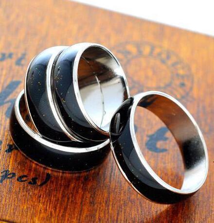 Color Ring Frauen Verlobungsringe Kupfer Finger breit 4mm 6mm Mix Größe Art und Weise Mood Ring Farbwechsel Legierung Statement Schmuck
