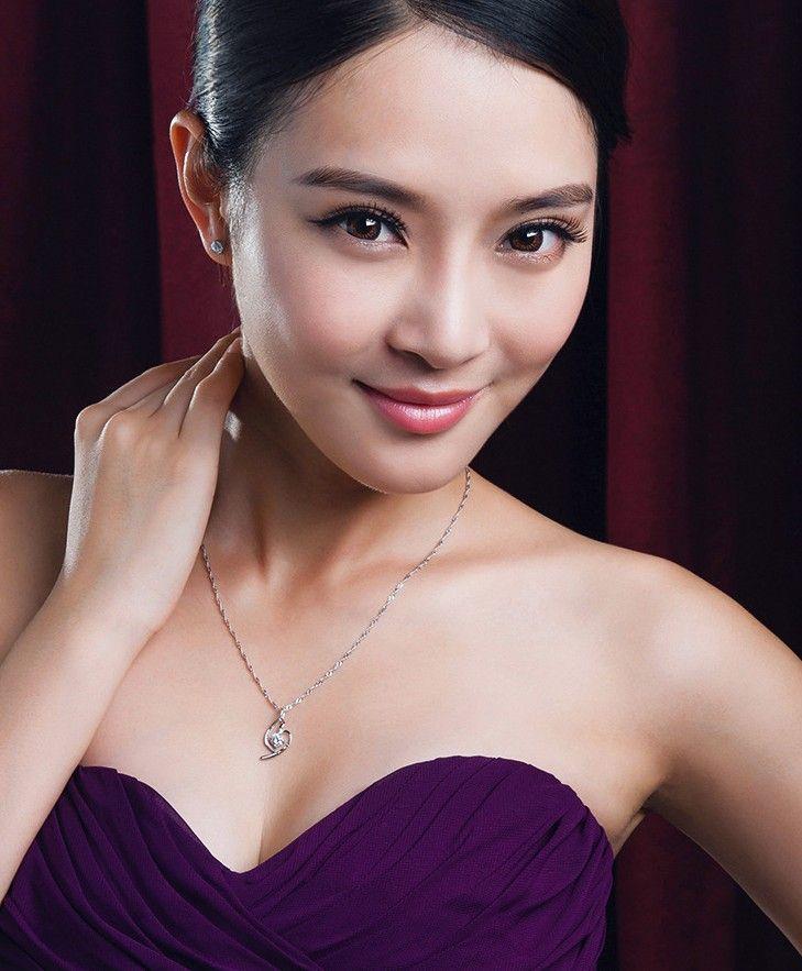 Top Quality Brilhando Forma de Coração De Cristal 925 Sterling Silver Branco Chapeamento De Ouro Amoroso Pingente de Coração Colar Para As Mulheres Presentes MG11