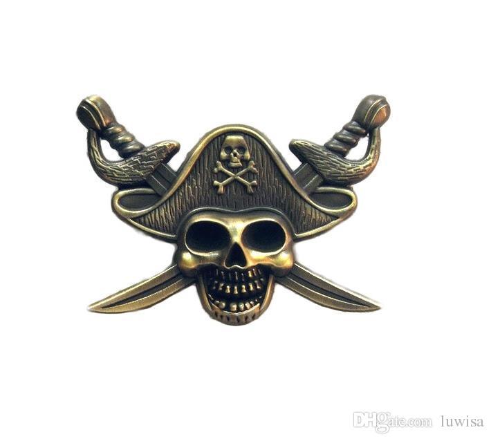 Luxury Pirates of the Caribbe Badge Skull Spilla Biker Biker Spille giacca Cappello Retro spilla con colletto in metallo