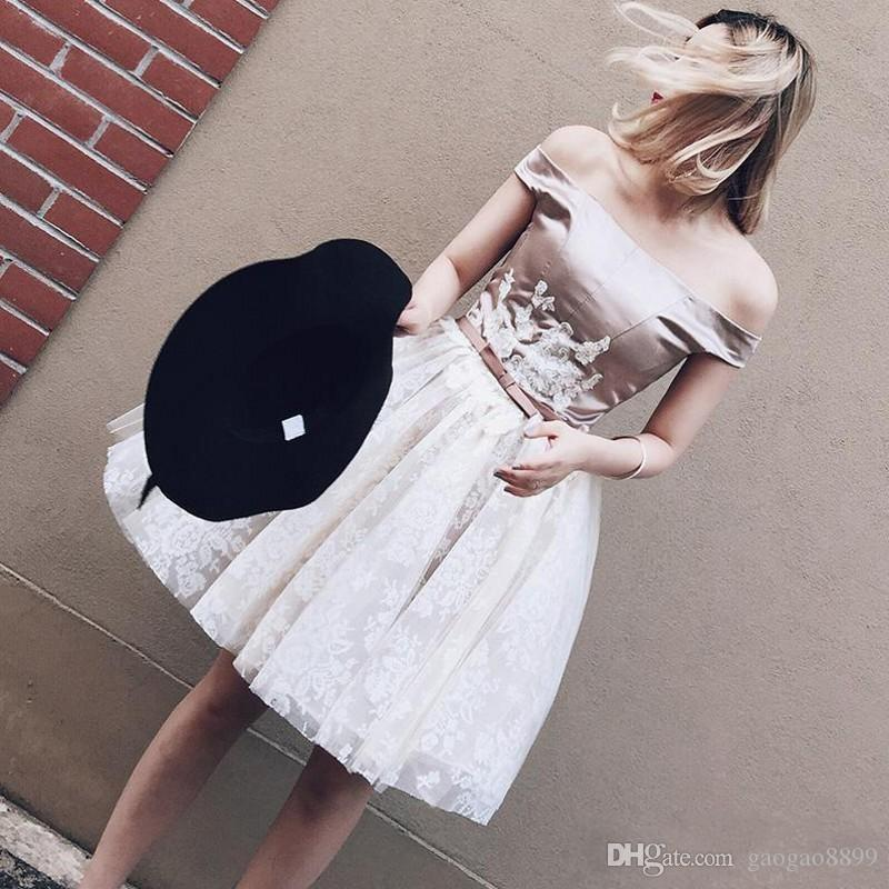 Sexy Off The Shoulder Prom Dresses 2019 Short Mini Satin White Lace Knee Length Evening Gowns Corset Cocktail Homecoming Party Dress DTJ