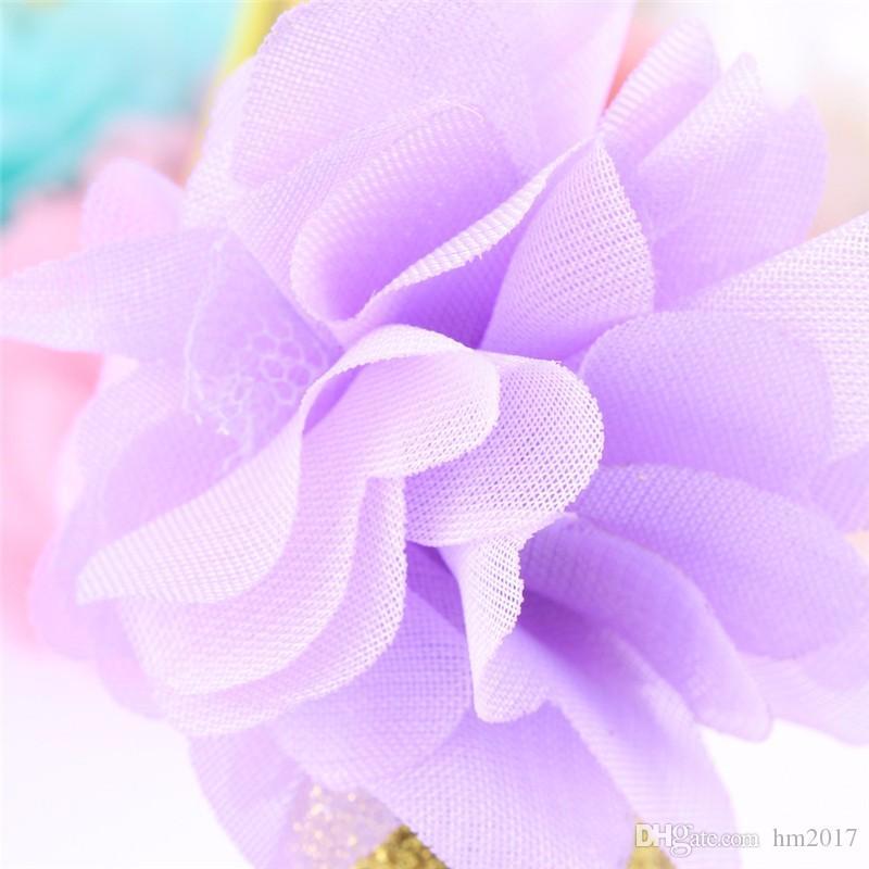 Mini fieltro Glitter Gold Crown con bonitas flores Diademas Hairband delgado para niños 1ra Fiesta de cumpleaños DIY Accesorios para el cabello