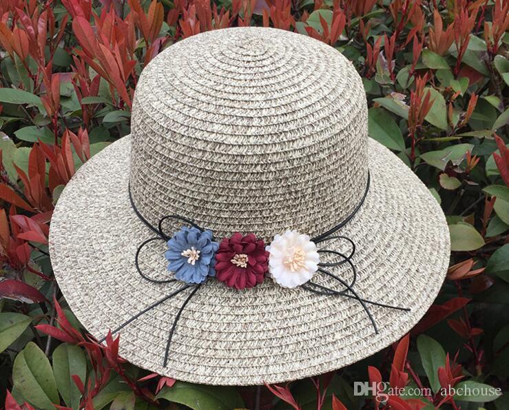 2017 Yeni Kadın Hasır Şapka Moda Güneşlik Plaj Şapkaları Ilmek Güneş Şapka Kapaklar Bayanlar Geniş Ağız Şapka Hasır Güneş Kap 24 adet ücretsiz kargo