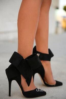 Big Bowtie della caviglia Tie Gladiator Sandals Donne Rosa Rosso Blu Nero Suede Donna Sandali pattini casuali piani della donna dei pattini di vestito dal partito