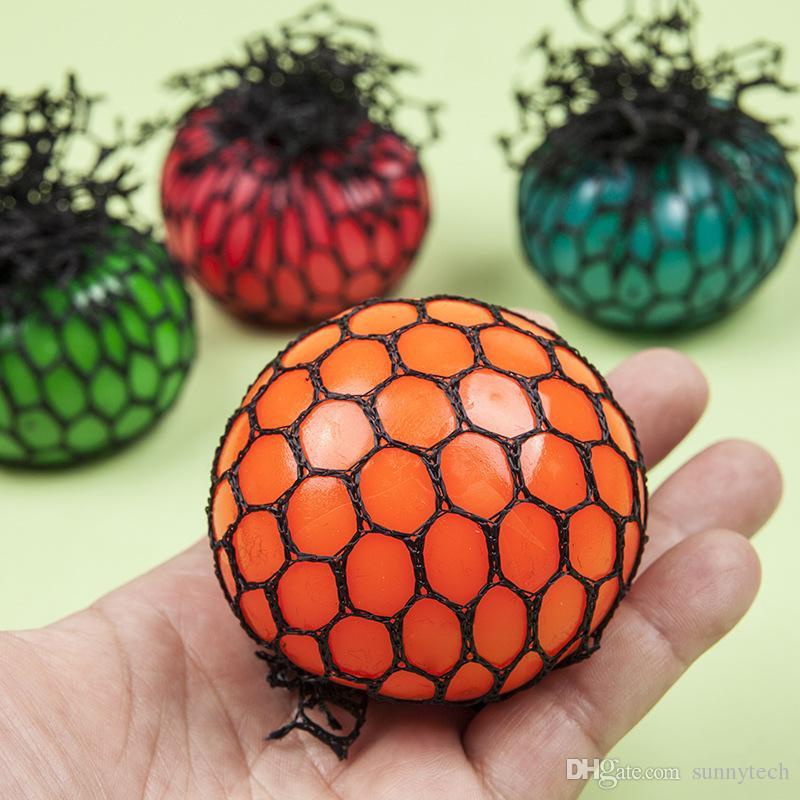 Venda quente Bonito Anti Stress Apaziguador Rosto Uva Bola Autismo Humor Squeeze Alívio Saudável Brinquedo Das Crianças Engraçado Geek Piadas Gadget Ventilação Brinquedos ZA1431
