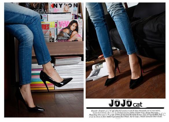 2017 sıcak satış Marka Kadınlar Gelin Ayakkabıları Kırmızı tabanlar Yüksek Topuklar Seksi Kadın Pompaları Bayanlar Sivri Burun Yüksek Topuklu Ayakkabı boyutu 35-40