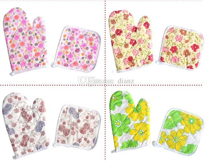 New Dining Pot holder Oven Mitts cotton table cloth pad heat resistant pad and Glove set