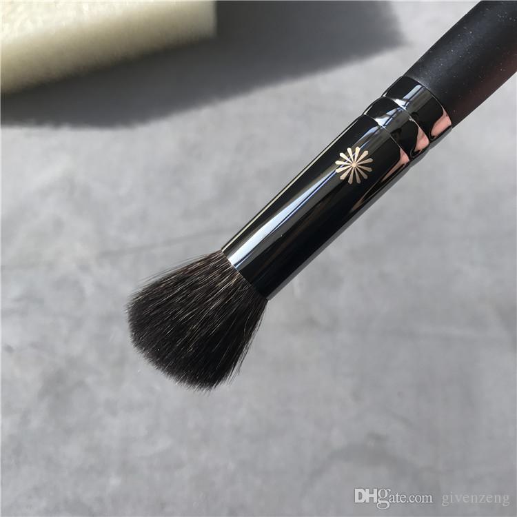 Tous les pinceaux de maquillage PICCASSO Beauty - 726 surligneur 100% Soft Squirrel Hair Highlight Brush - Mélangeur de maquillage beauté DHL gratuit