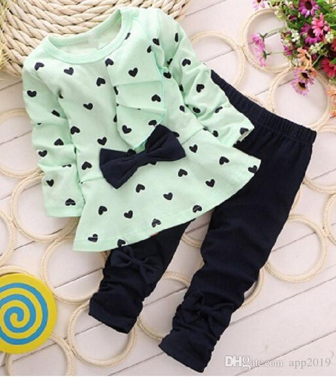Moda Doce Princesa Crianças Do Bebê Meninas Conjuntos de Roupas Casuais Arco T-shirt Calças Ternos Amor Coração Impresso Crianças Roupas Set